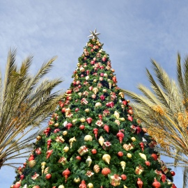 Jacksonville Beach Deck the Chairs Brings a Beach-Themed Winter Wonderland to the First Coast