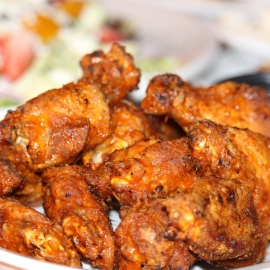 These Big Wings from Gators Dockside Tampa are Perfect for the Big Game!