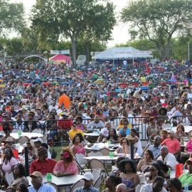 Florida Funk Music Festival In Orlando Features Erykah Badu & Bobby Brown