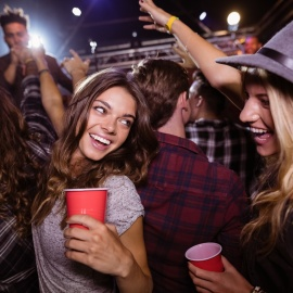 how to host a nightclub event: 8 steps to success (and a great party)
