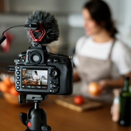 10 Inexpensive Ways Your Local Business Can Use Video Marketing