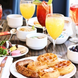 Wake Up and Go To the Best Brunch in Chicago