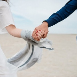6 New Year's Resolutions to Improve Your Relationship in 2020