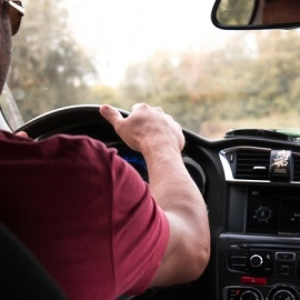 10 Tips to Become a Safer Driver in 2020