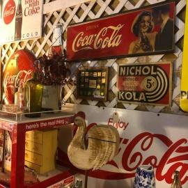 Unique Shops in Amelia Island (Speakeasy Vaporium)