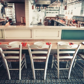 How Restaurants Can Deal with COVID-19 Business Disruption