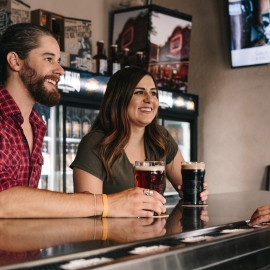 Sports Bars in Sarasota and Bradenton With Outdoor Seating