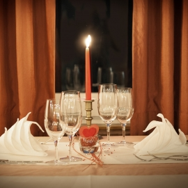 Romantic Restaurants in Sarasota and Bradenton With Takeout for Valentine's Day