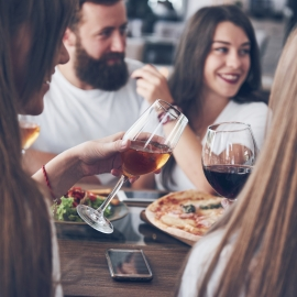 12 Ways to Successfully Promote Daily Specials & Happy Hour Deals