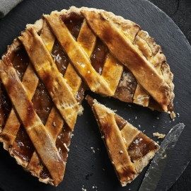 Taste The Best Apple Pie in St. Pete and Clearwater