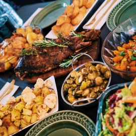 Top 10 Restaurants in Gainesville To Treat Dad To This Father's Day
