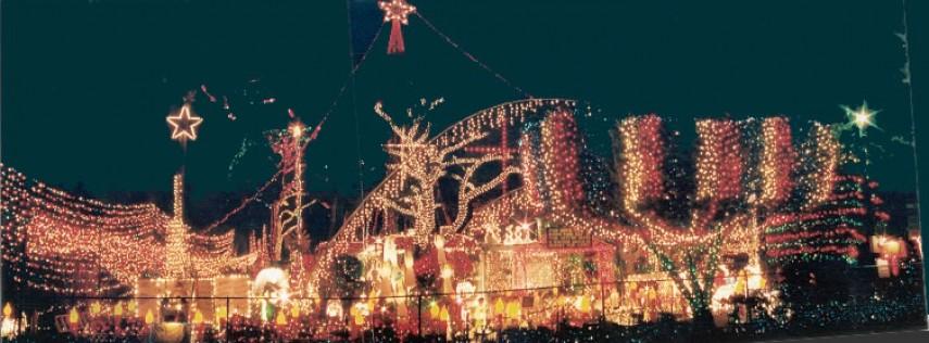Oakdale Christmas Display