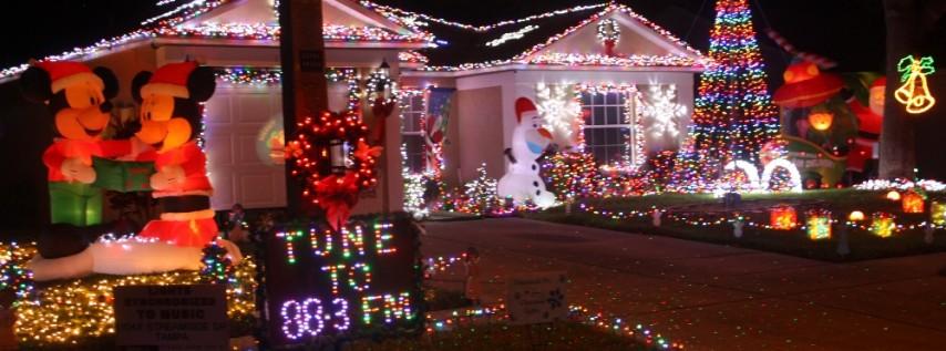streamside dr christmas lights tampa fl dec 25 2016 600 pm - Christmas Lights Tampa