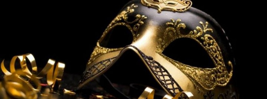New Years Eve Masquerade Party at The Courtyard on Broadway