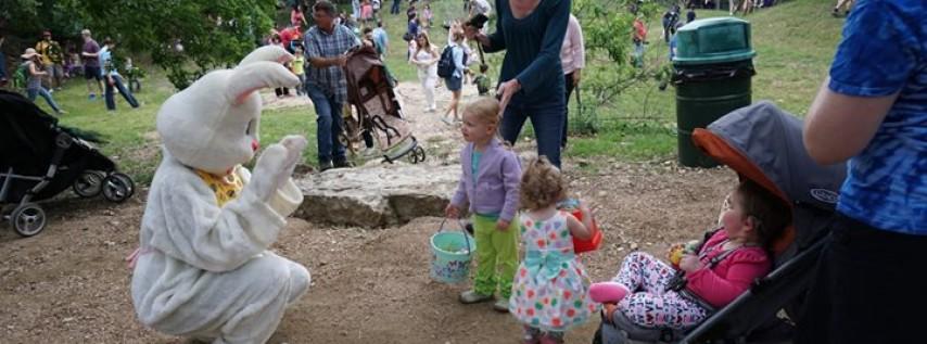 Austin Zoo Easter Egg Hunt