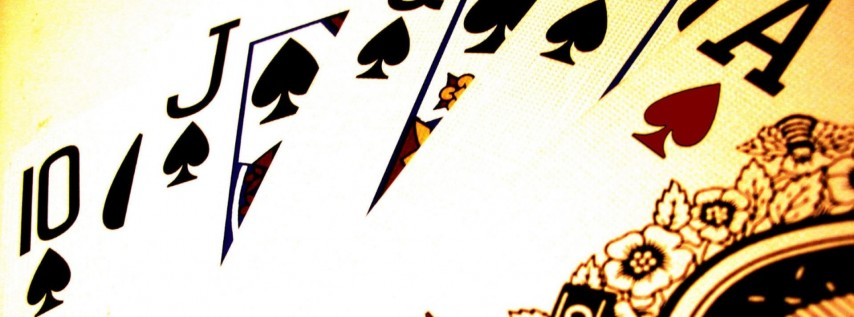 Poker Night at Roque Pub!