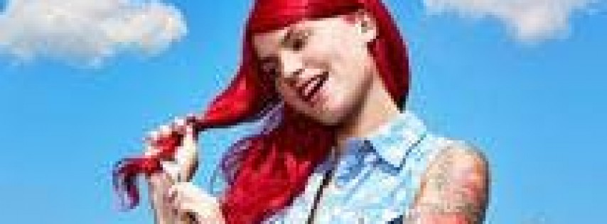 Comedian Carly Aqualino