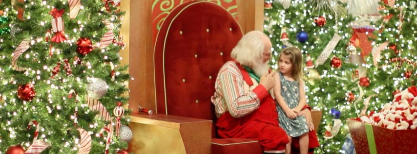 Visit with Santa at Mall of Millenia