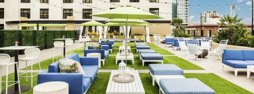 Ring in NYE 2019 at Upper East Bar Rooftop Terrace