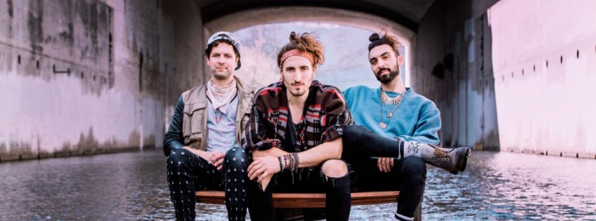 MAGIC GIANT at The Social