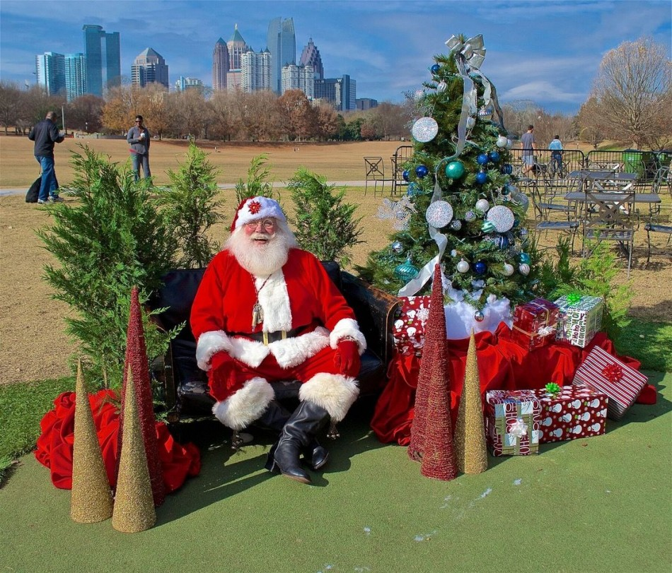 Santa Claus is Coming To Park Tavern