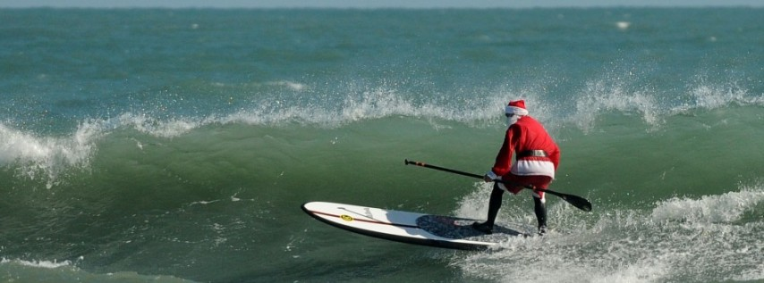 Surfing Santas 2019