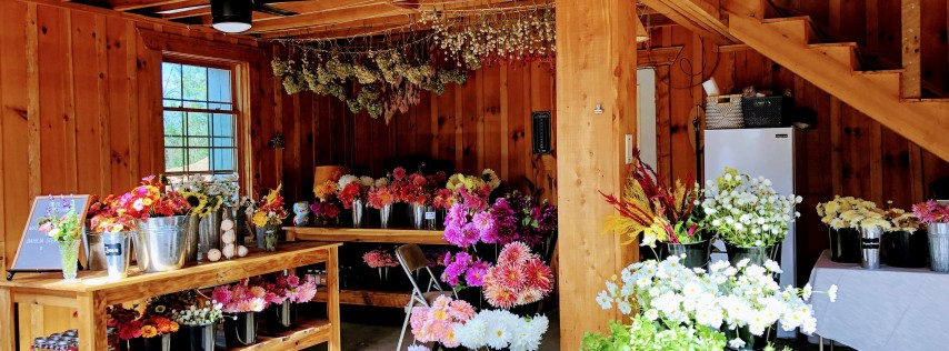 In Bloom Flower Farm's Spring Wreath Workshop