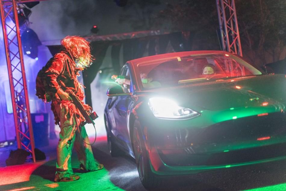 Scream n' Stream Presents: Clowns vs Zombies