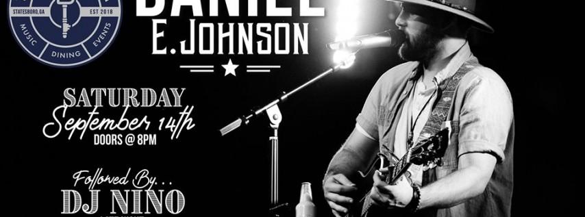 Daniel E. Johnson | The Blue Room