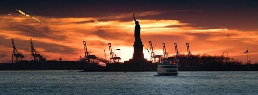 LATINA Boat Party NYC Sunset Yacht Cruise - Labor Day Friday