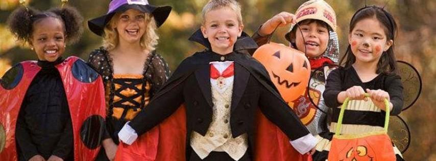 West Loop Families Halloween Parade