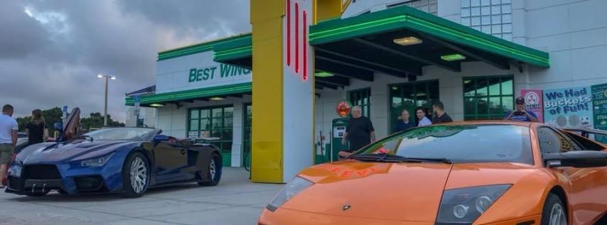 Tampa Street Scene Burger & Brews Monday Night