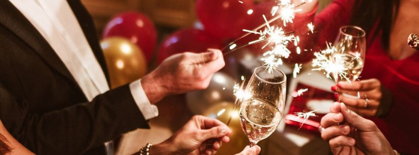 New Year's Eve 2020 at the Riverside Hotel: Bubbles & Bowties