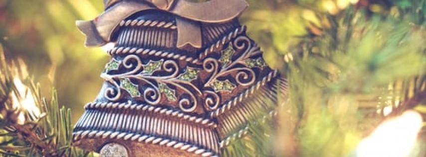 Junk Jewelry Christmas Trees