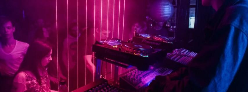 Peekaboo - Black Hole Tour - Tampa, FL