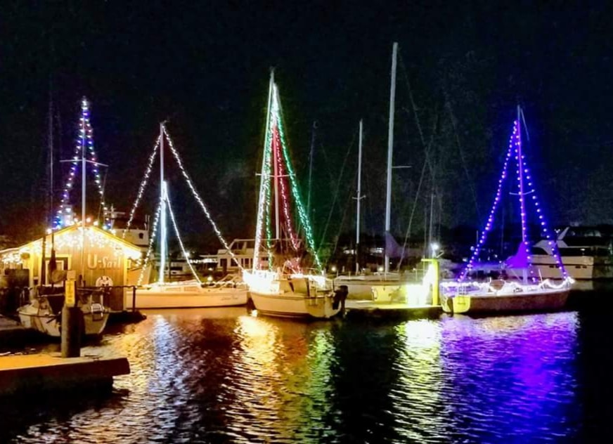 Lake Monroe's Lighted Boat Parade 2019, Orlando FL   Dec 21, 2019