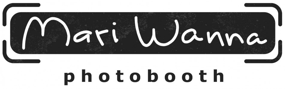 Mari Wanna photobooth rental
