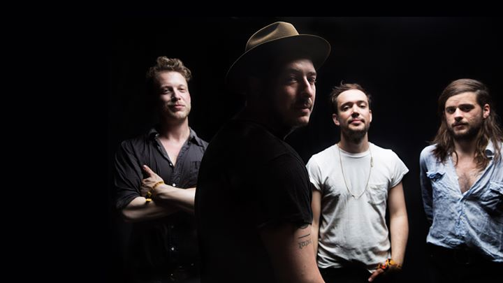 Mumford & Sons with special guest Kevin Garrett