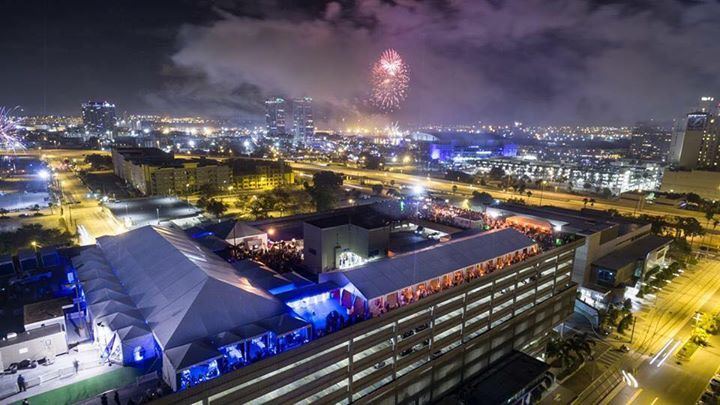 The Rooftop Eve 2018: All That Glitters Is Gold