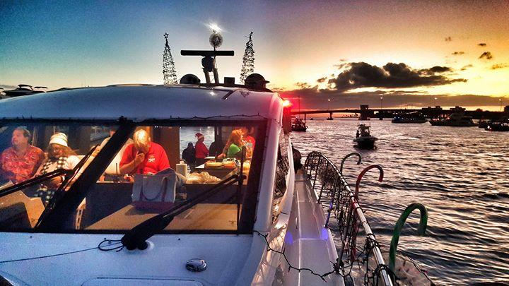 Sarasota Boat Parade 2017! - Featuring MarineMax Sarasota