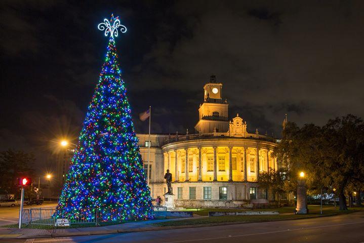 Tree Lighting Amp Santa S Park Miami Fl Dec 1 2017 5 00 Pm