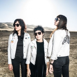 The Coathangers with Plastic Pinks & Piss Ghost at New World