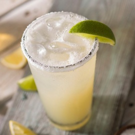 MARGARITA MONDAYS AT BAHAMA BREEZE in Tampa