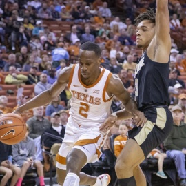 Texas survives incredible performance by Carsen Edwards to beat Purdue, 72-68206