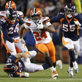 Browns keep slim playoff hopes alive, beat injury-plagued Broncos 17-1679