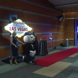 David Wright holds annual Vegas Night for CHKD57