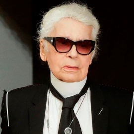 Fashion icon Karl Lagerfeld dead at 85, reports say8