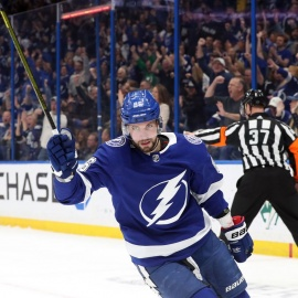 Quick Strikes: Kucherov is the NHL's first star of the week!229