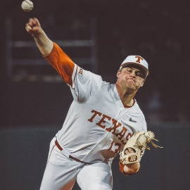 No. 23 Texas defeats Purdue 7-2 in first home game of season206