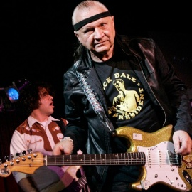 Dick Dale, 'King of the Surf Guitar, dead at 818